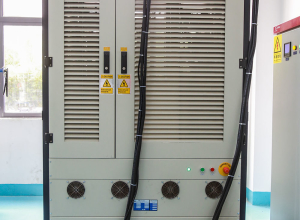 Power battery simulation test system